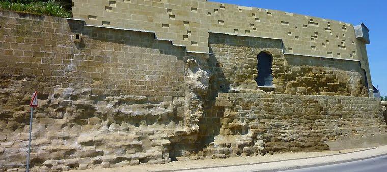 La Muralla de Huesca