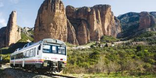 🚂 Tren Geológico del Prepirineo – Viaje en Tren + Senderismo + Guía Incluido