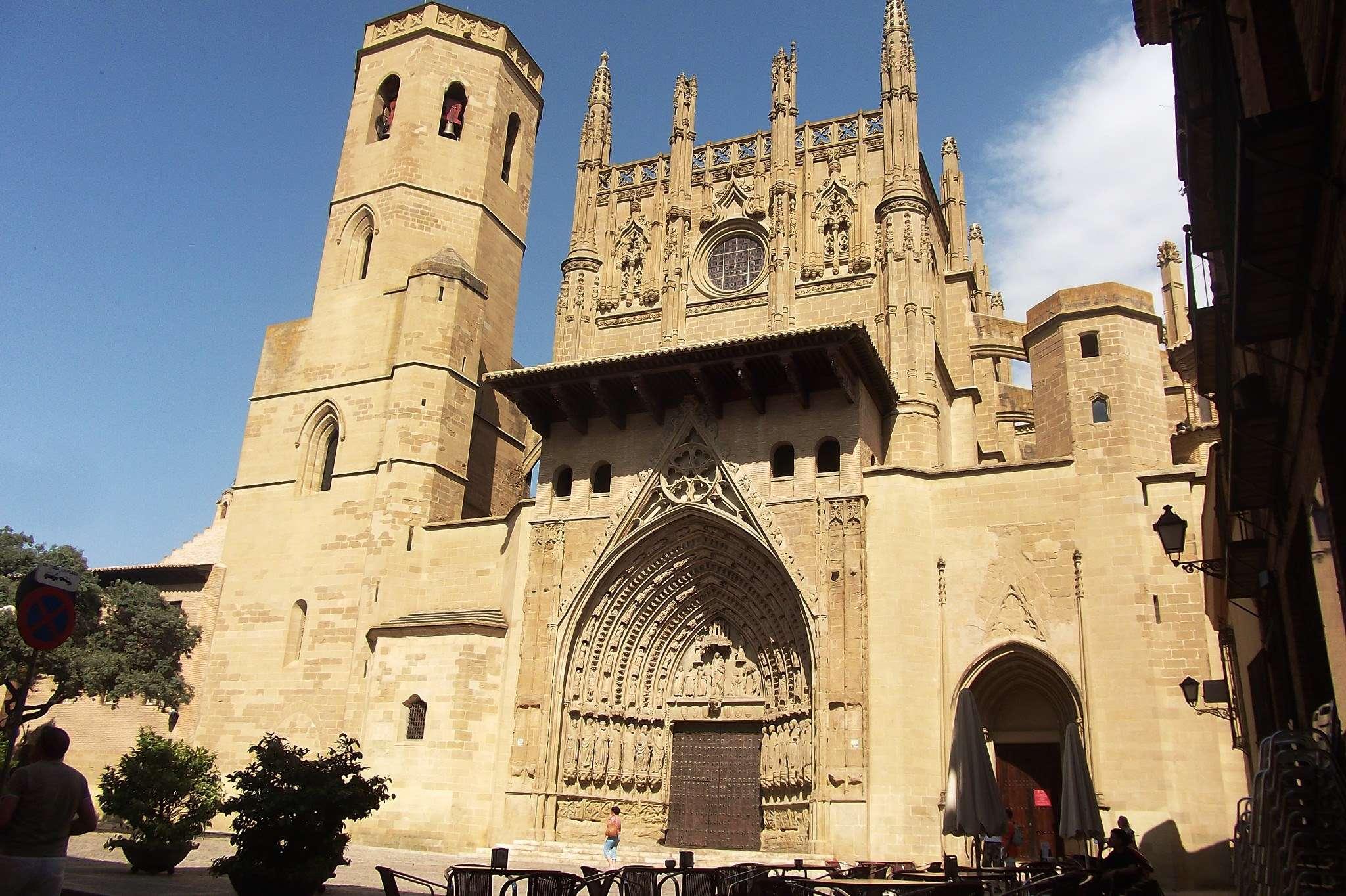 Catedral de Huesca de lópez calpe en Flickr.com