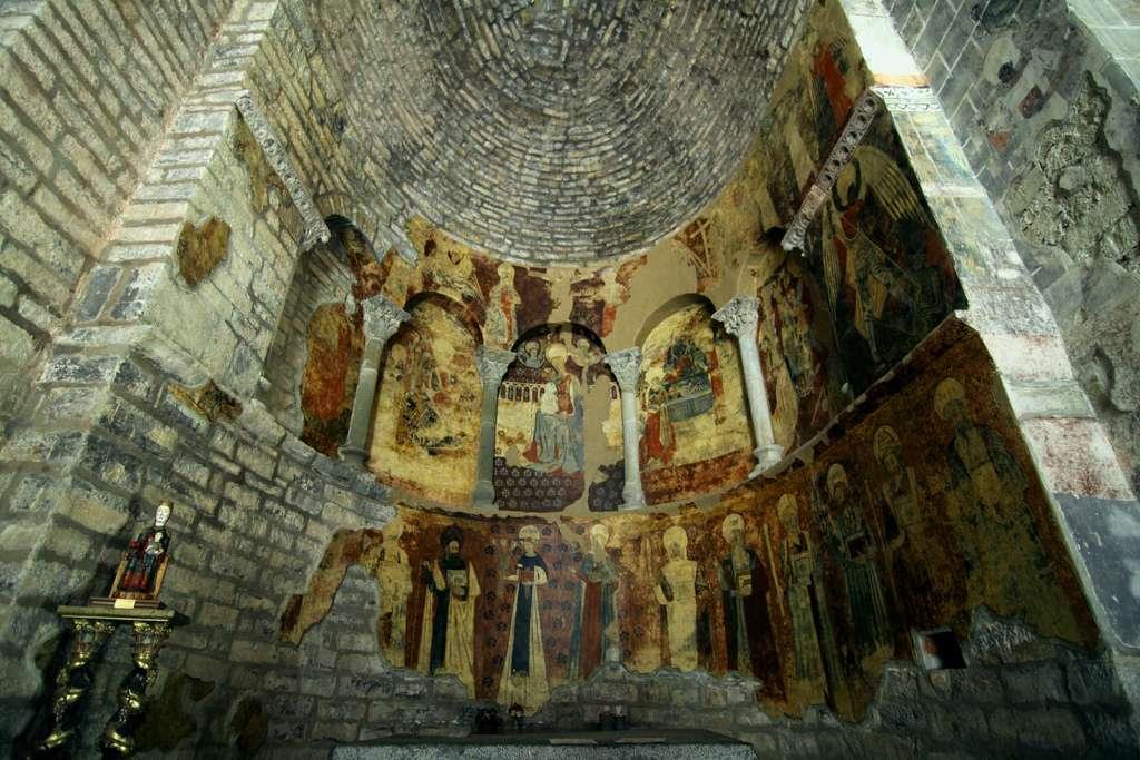 Santuario de nuestra señora de Iguacel. Pinturas absidales DE miguel ramon henares en Flickr.com