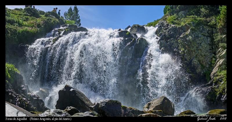 Cascada en Forau de Aiguallut - Fotografía de Gabriel Jordá Morey (https://www.flickr.com/photos/gabi_ana/)