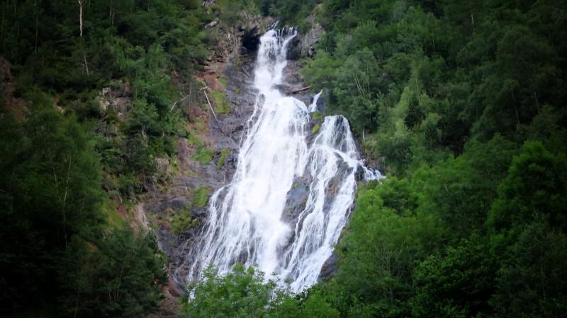 Cascada de Espigantosa - Fotografía de Wenceslau Graus (https://www.flickr.com/photos/wenceslaugraus/)