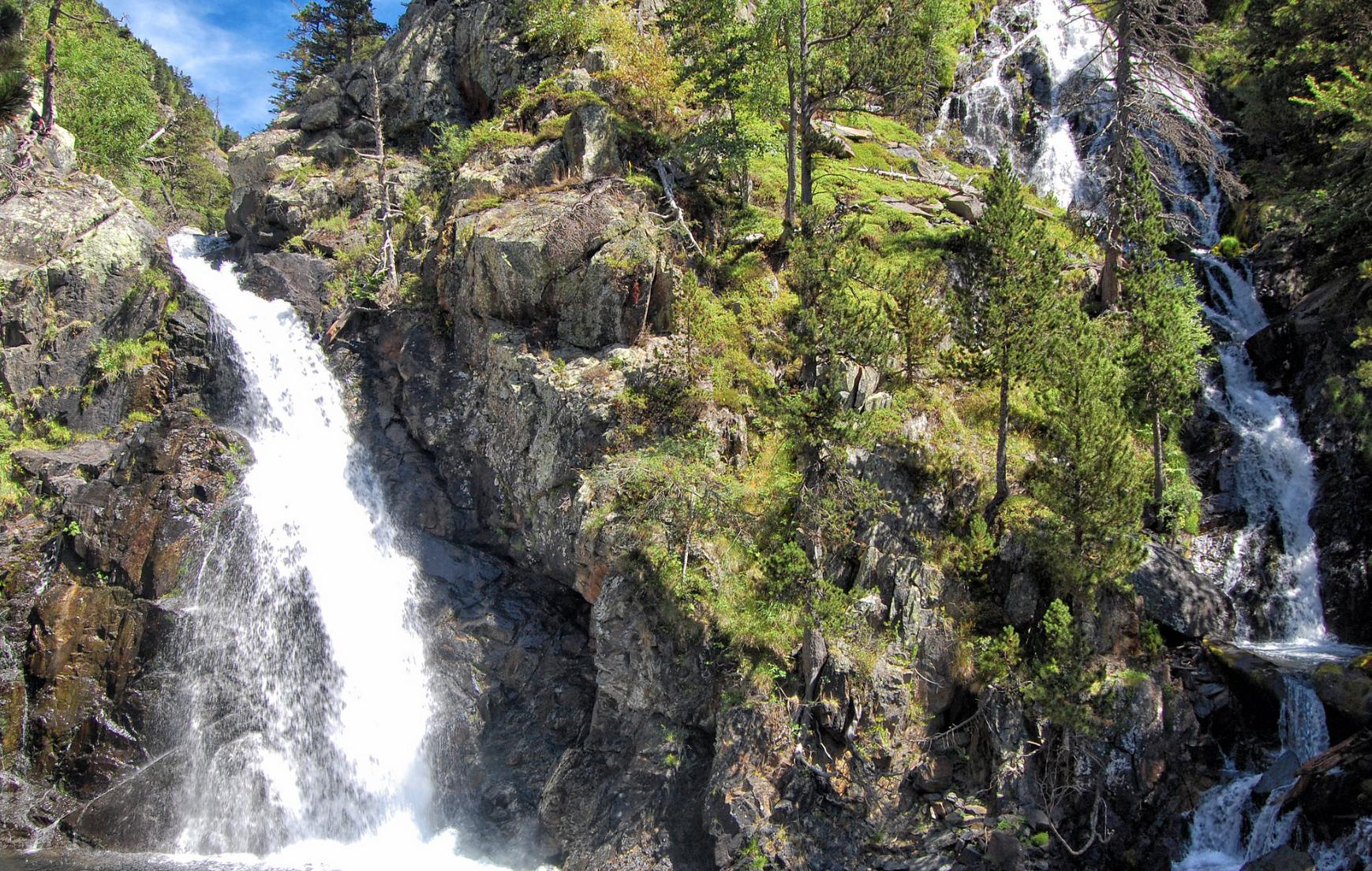 Ruta Circular hacia las Cascadas Gorgas del Alba 💦 por el Sendero Botánico