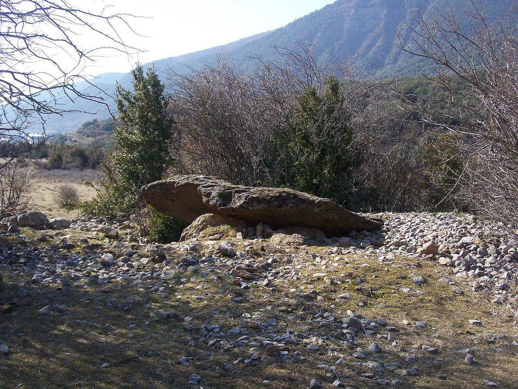 Dolmen de la Güixas (Villanúa) de Sergio Larraga
