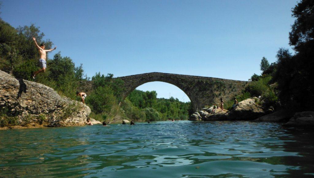 Pozas del Puente de Pedruel. Fotografía de http://www.excursionesporhuesca.es