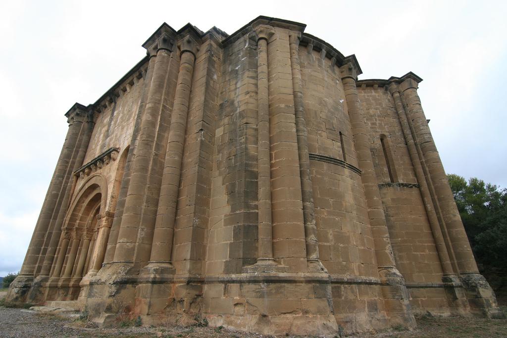 Miguel Ramón henares - Iglesia de Santiago ( Agüero- Huesca )
