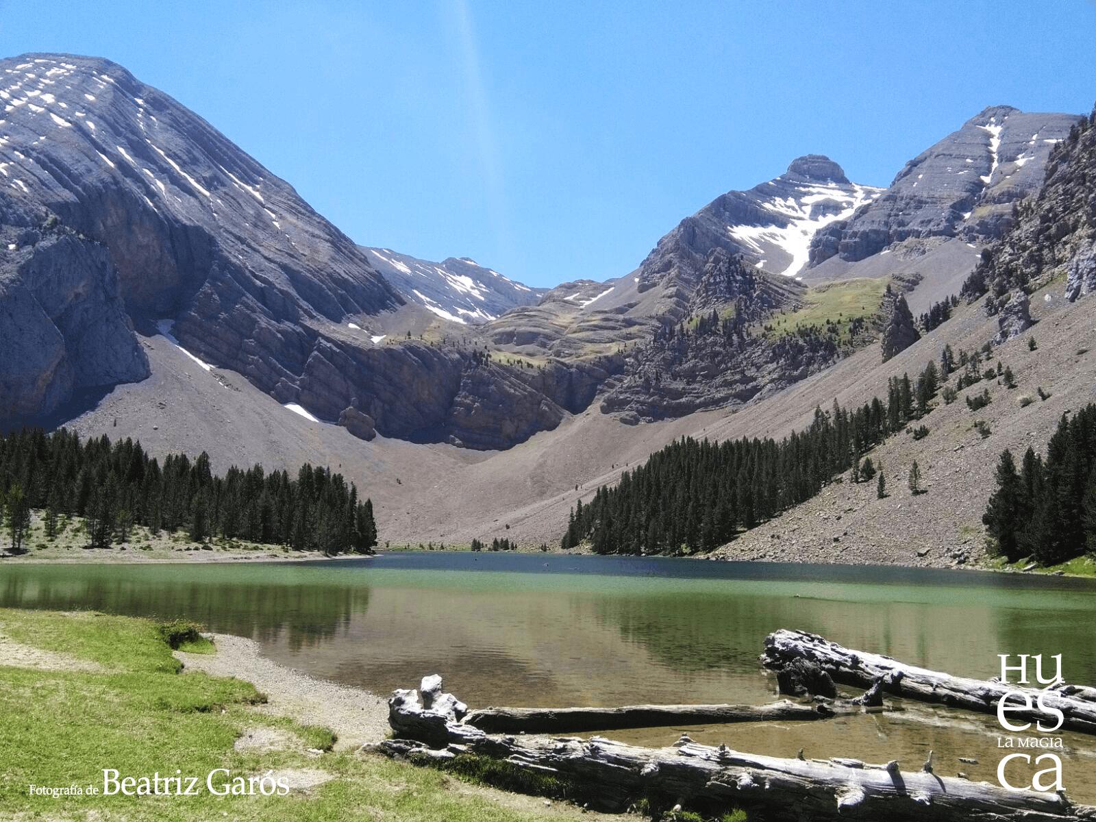 IBÓN BASA LA MORA 💦 La Excursión más popular y espectacular para contemplar un ibón