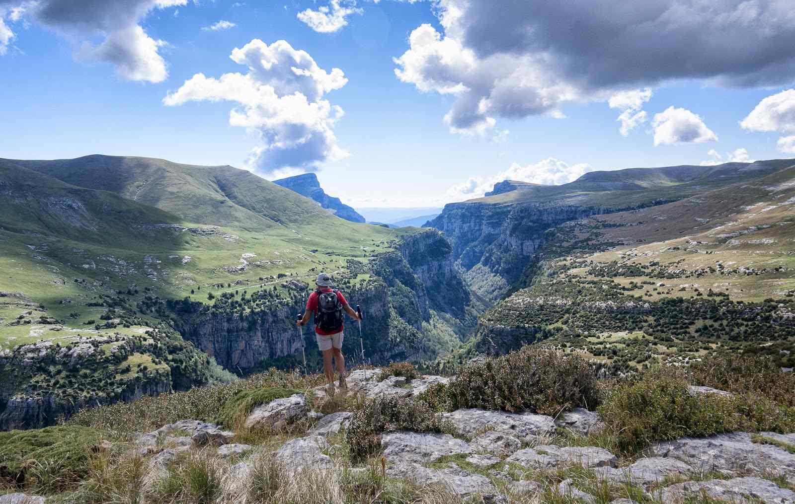 Ven a descubrir el paraíso del Cañón de Añisclo 🚘 Ruta en coche con pequeñas excursiones