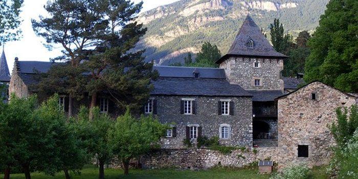 La belleza de las aldeas de la alta montaña. Anciles y Eriste.