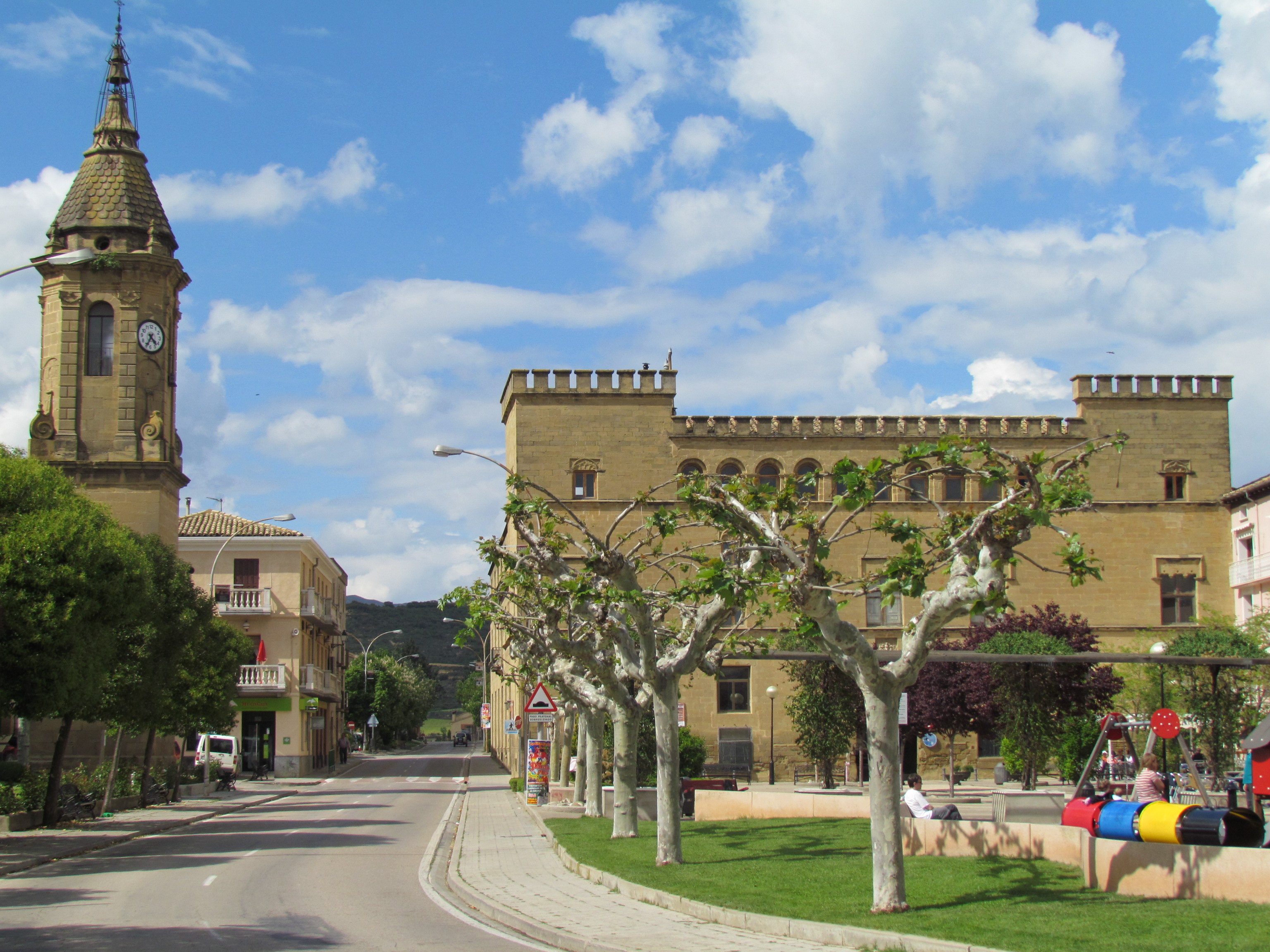 Villa de Ayerbe famosa por su