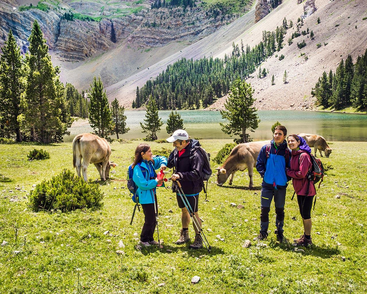 Huesca #ParaísoNatural 🌲🌷 Vacaciones inolvidables con Niños en Huesca