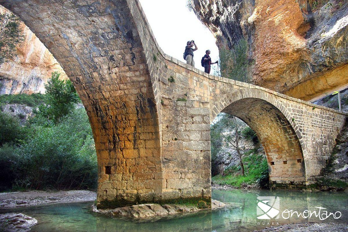 Excursión al imponente Puente de Villacantal en Alquézar