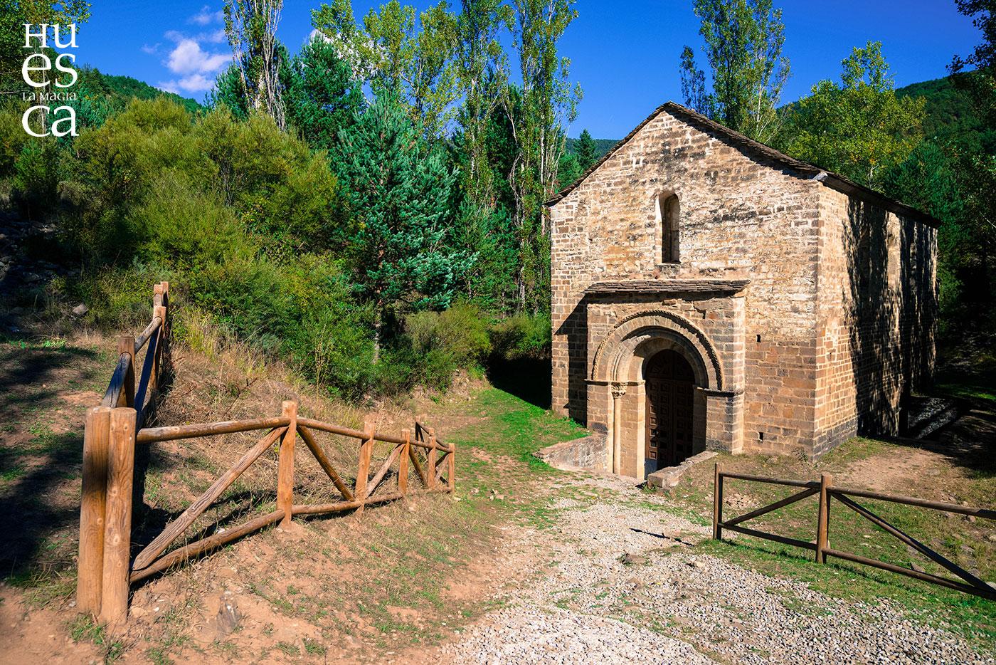 Ruta preotoñal 🍁🍄 por los mágicos pueblos del Valle Escondido y sus excursiones 🥾